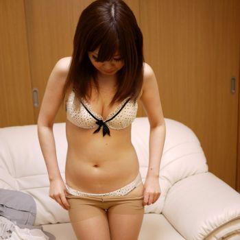 西野紗江 Hot Gallery 1